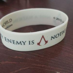 Assassin's Creed White bracelet